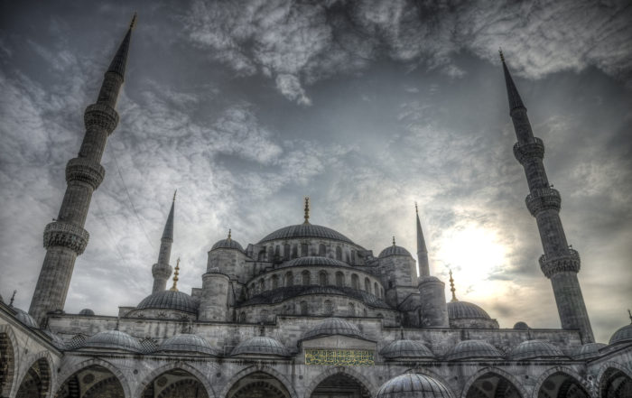 Blue Mosque in Sultan Ahmet, Istambul (Turkey)