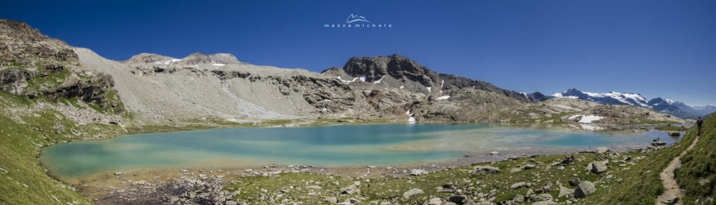 Lac Blanc, behind the Refuge du Carro (2763 m) - Haute Maurienne