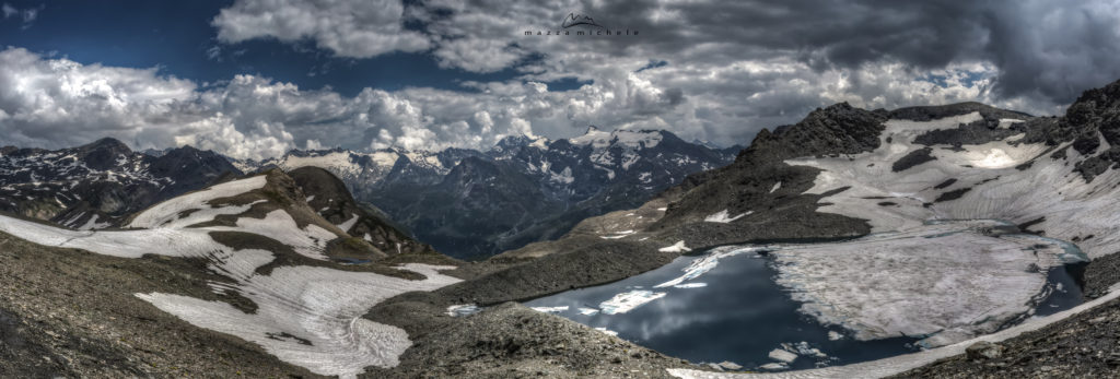 The glacial lake of Grand Fond (2.876 m) - Haute Maurienne